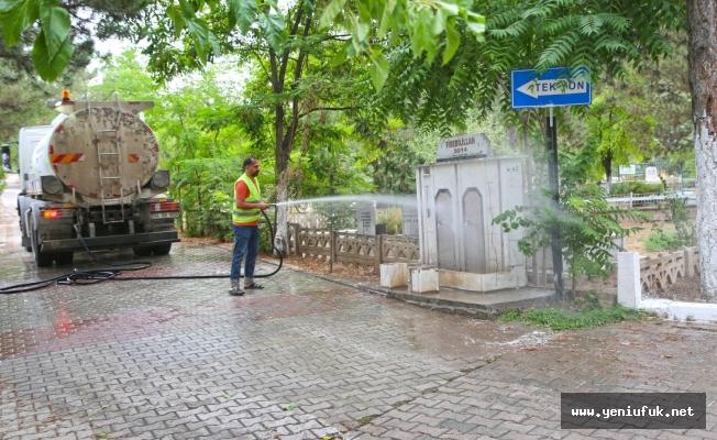Mezarlıklar, Bayram Ziyaretlerine Hazır Hale Getirildi
