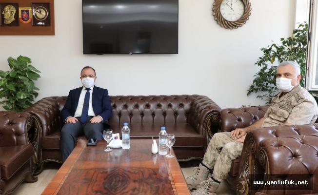 Vali Yırık'tan İl Jandarma Komutanı Yıldız'a ziyaret