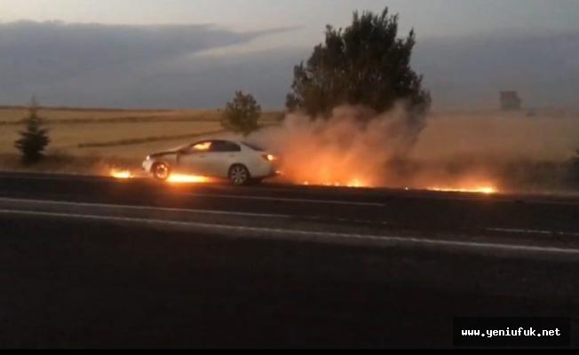 Gazeteci Zülfü Bal'ın otomobili seyir halindeyken alev aldı