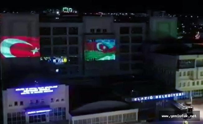 Belediye Binasında Azerbaycan Bayrağı Dalgalandı