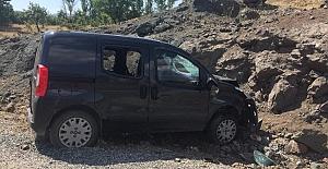Alacakaya'da kaza 1 Ölü 4 yaralı