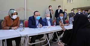 Kızılay Mahallesi sakinleri, il protokolü ile bir araya geldi.
