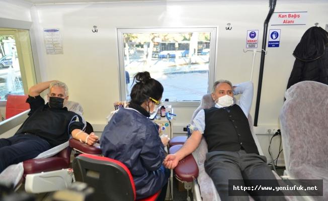 Eğitimciler Kan Bağışında Bulundu