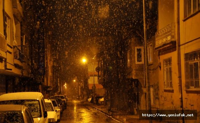 Elazığ'da Kar Sevinci