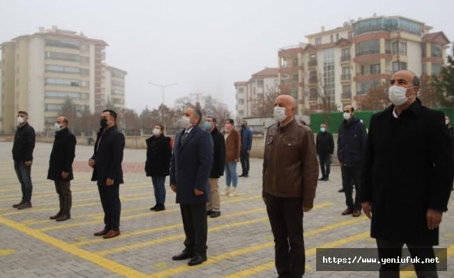 Elazığ'da Okullarda Bayrak Töreni Düzenlenip İstiklal Marşı Okundu