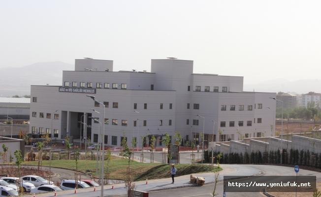 Diş Sağlığı Hastanesi Kontrollü Olarak Hizmetlerine Başladı