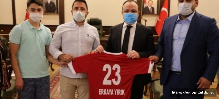 Elazığ Karakoçan FK'dan, Gürsel Erol'a Çağrı!