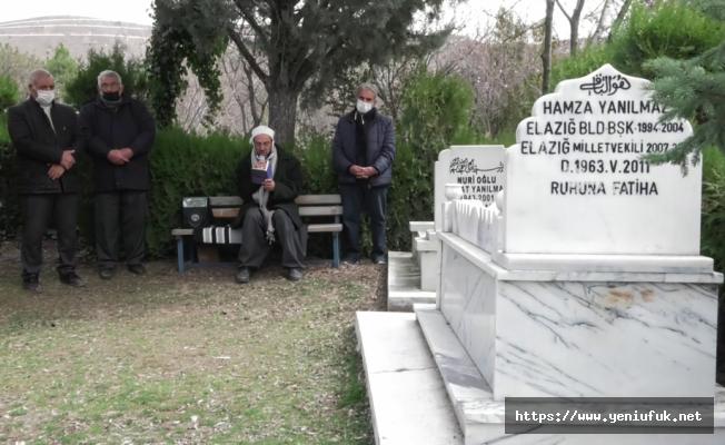 Merhum Yanılmaz Vefatının 10. Yılında Kabri Başında Anıldı