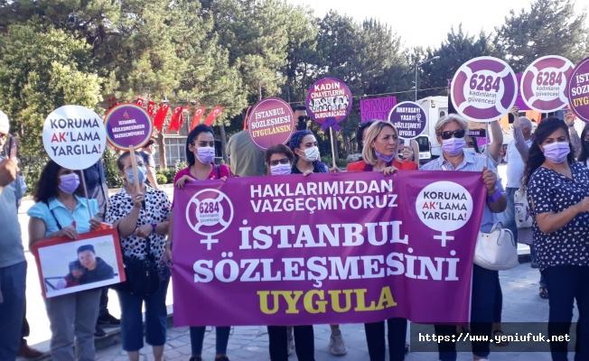 Kadınlar İstanbul Sözleşmesi İçin Yürüdü