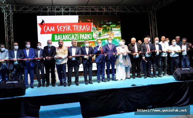 Cam Teras Rüya Gibi Bir  Organizasyonla Açıldı