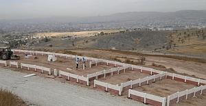 Asri ve Harput Mezarlıklarında Yoğun Çalışma