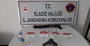 Jandarma'dan Uyuşturucu tacirlerine eş zamanlı operasyon