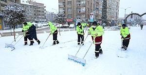 Elazığ Belediyesi Karla Mücadele İçin Görev Başında