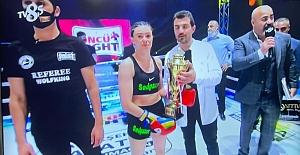 Elazığ'lı Kickbokscu'dan Nakavt