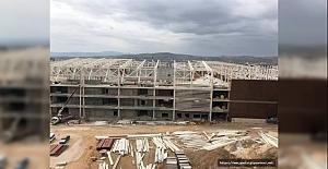 Yeni Stadın Çatısı Bitmek Üzere