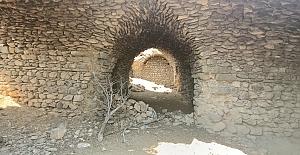 Demirkapı Han - Elazığ