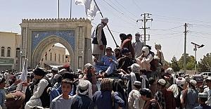 Taliban genel af ilan etti